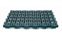 Plastic slats for sows